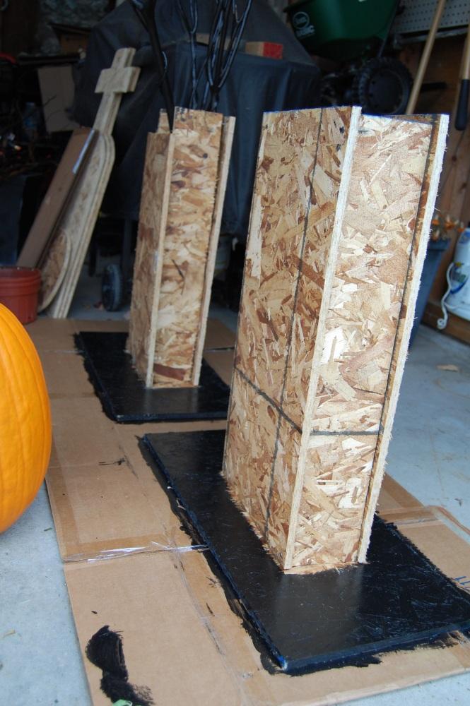 DIY Halloween Prop:  Cemetery Columns & Sign (5/6)
