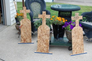 How to Decorate Handmade Tombstones with Stencils