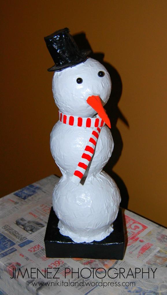 PAPER MACHE SNOWMAN DIY