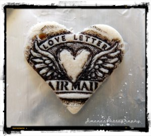 LOVE LETTERS SMALL HEART