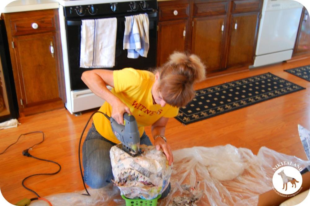 How to Make Paper Mache Pumpkins & More! (6/6)