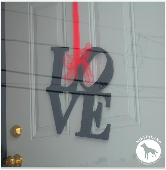 LOVE ON FRONT DOOR