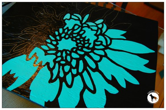 STENCILING A TABLE TOP3