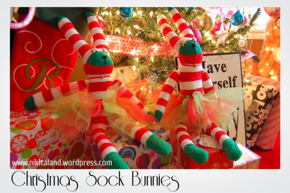 CHRISTMAS SOCK BUNNIES1